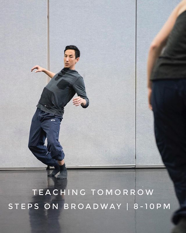 Thrilled to be teaching at @stepsonbroadway tomorrow night! Hope that you'll join me 🤗 Register via link in my bio - see you soon, NYC 💚 . . . Photo by Ömer Yükseker
