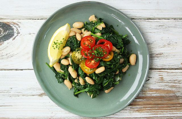 spinach cannellini beans garlic vegan plant based