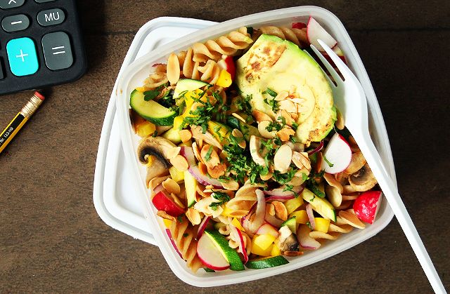 Lunchbox Rainbow Pasta Salad