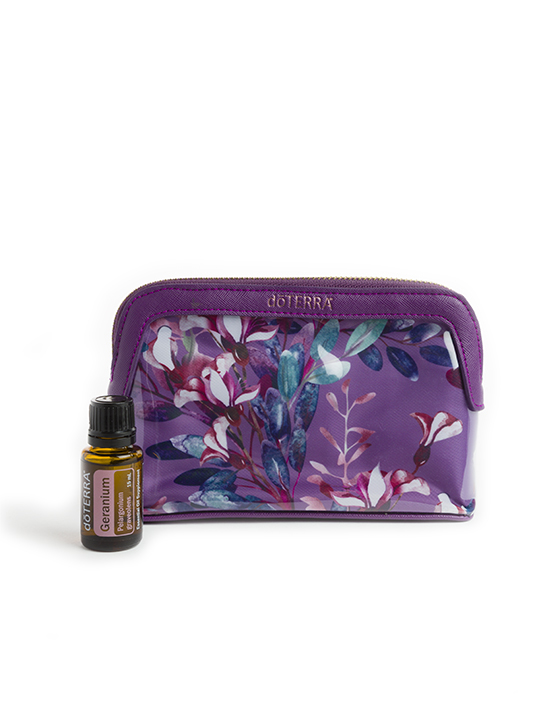 Floral Pouch with Geranium €54.74