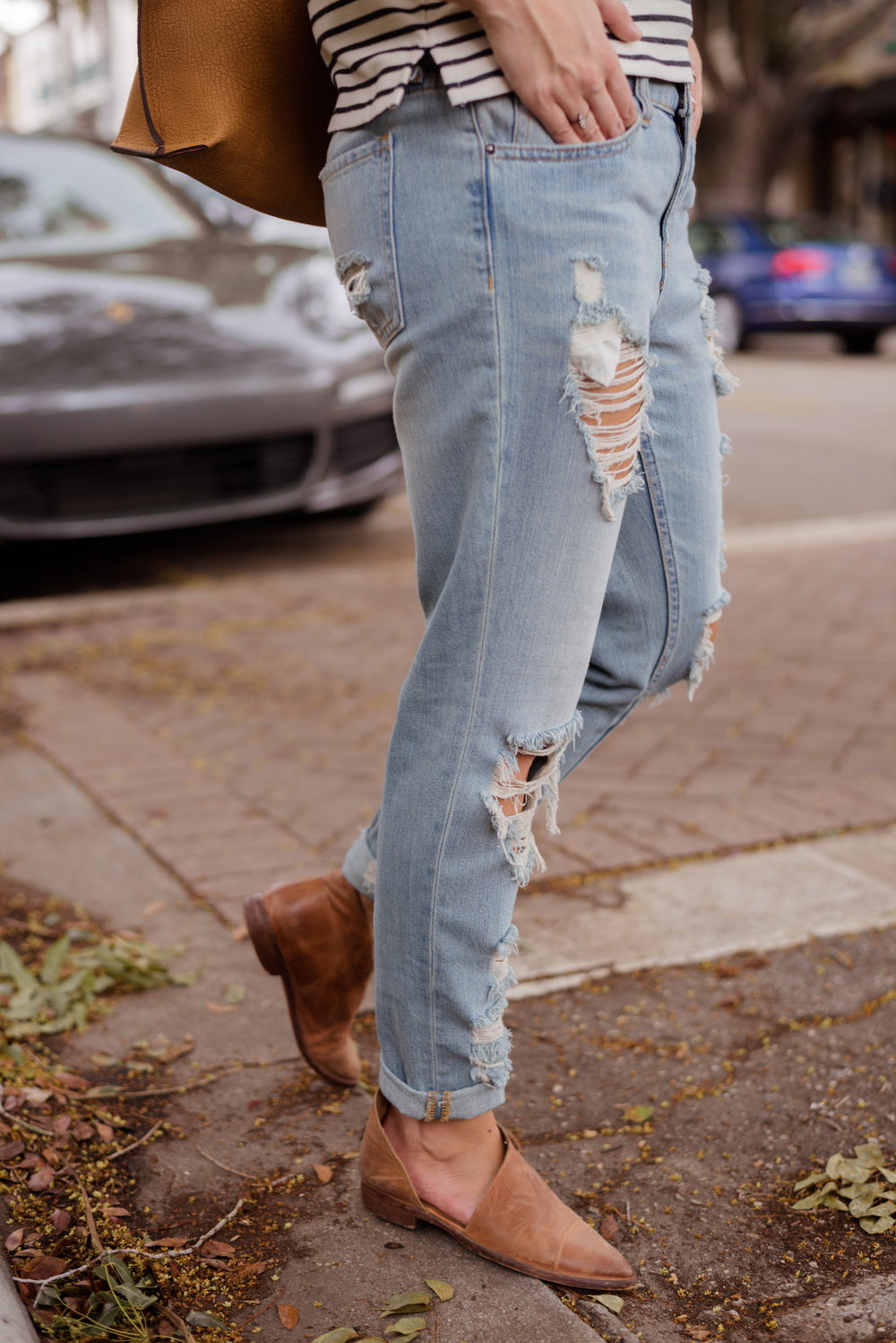 Madewell | Ripped Jeans | @katelyn_now