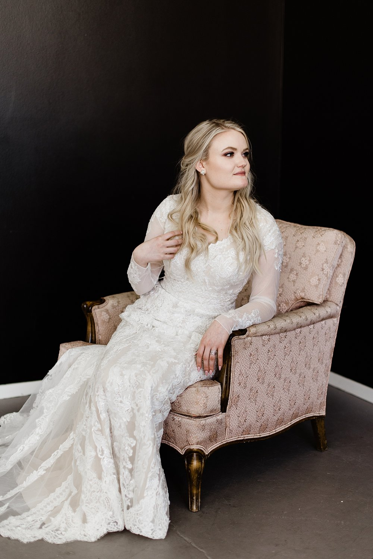 Zandra Barriga Photo - Devon and Kate's Glam Studio Bridals_0005.jpg