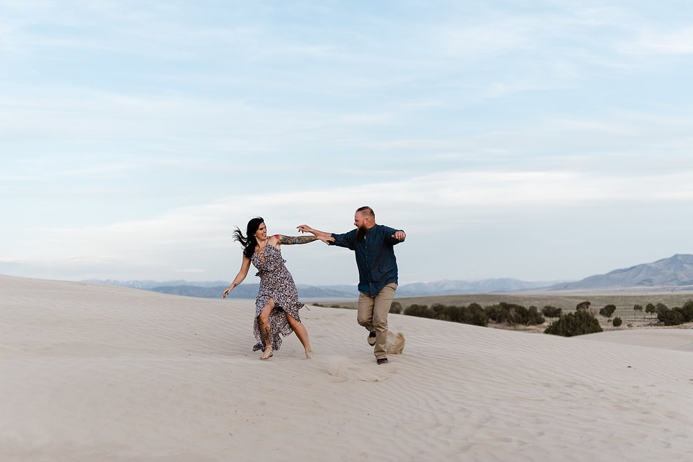 Zandra Barriga Photo - Scott and Kylie Little Sahara Sand Dunes Engagement Photos_0010.jpg