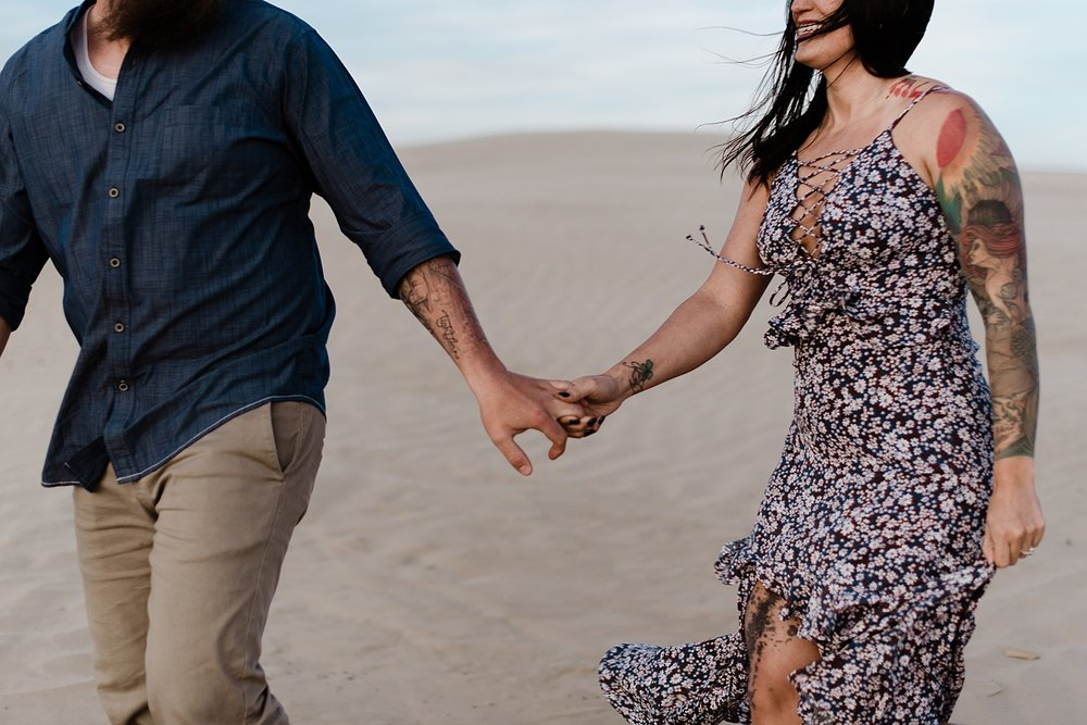 Zandra Barriga Photo - Scott and Kylie Little Sahara Sand Dunes Engagement Photos_0011.jpg