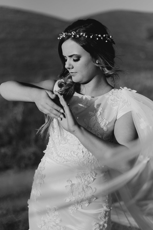 Zandra Barriga Photo - Dallas + Megan Green Hills Bridals_0009.jpg