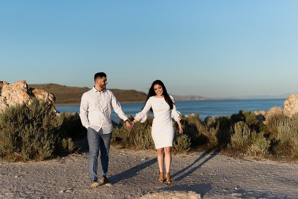 Zandra Barriga Photo - Jorge & Carolina | Sunrise Antelope Island Engagements_0002.jpg