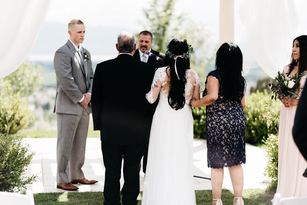 Zandra Barriga Photo - Darian and Colton Wedding_0016.jpg