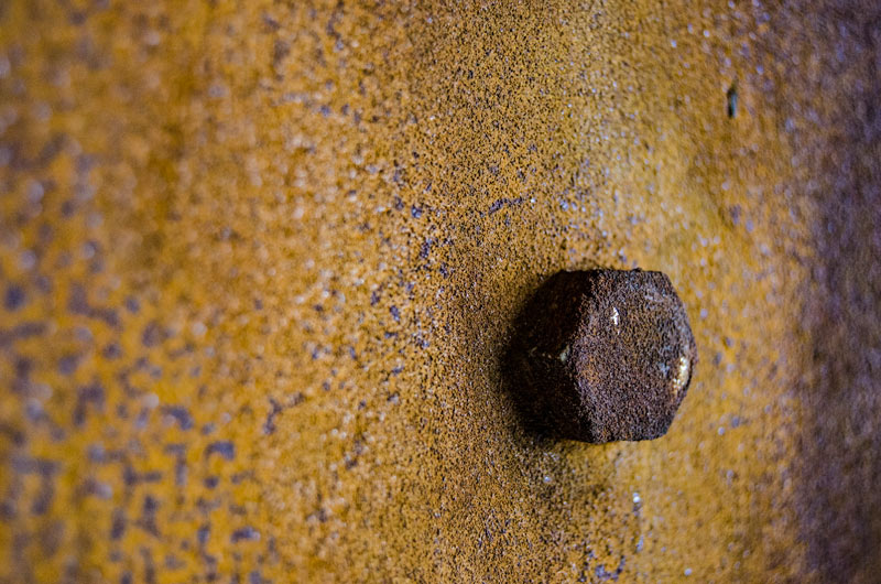 De corten rust & bolts