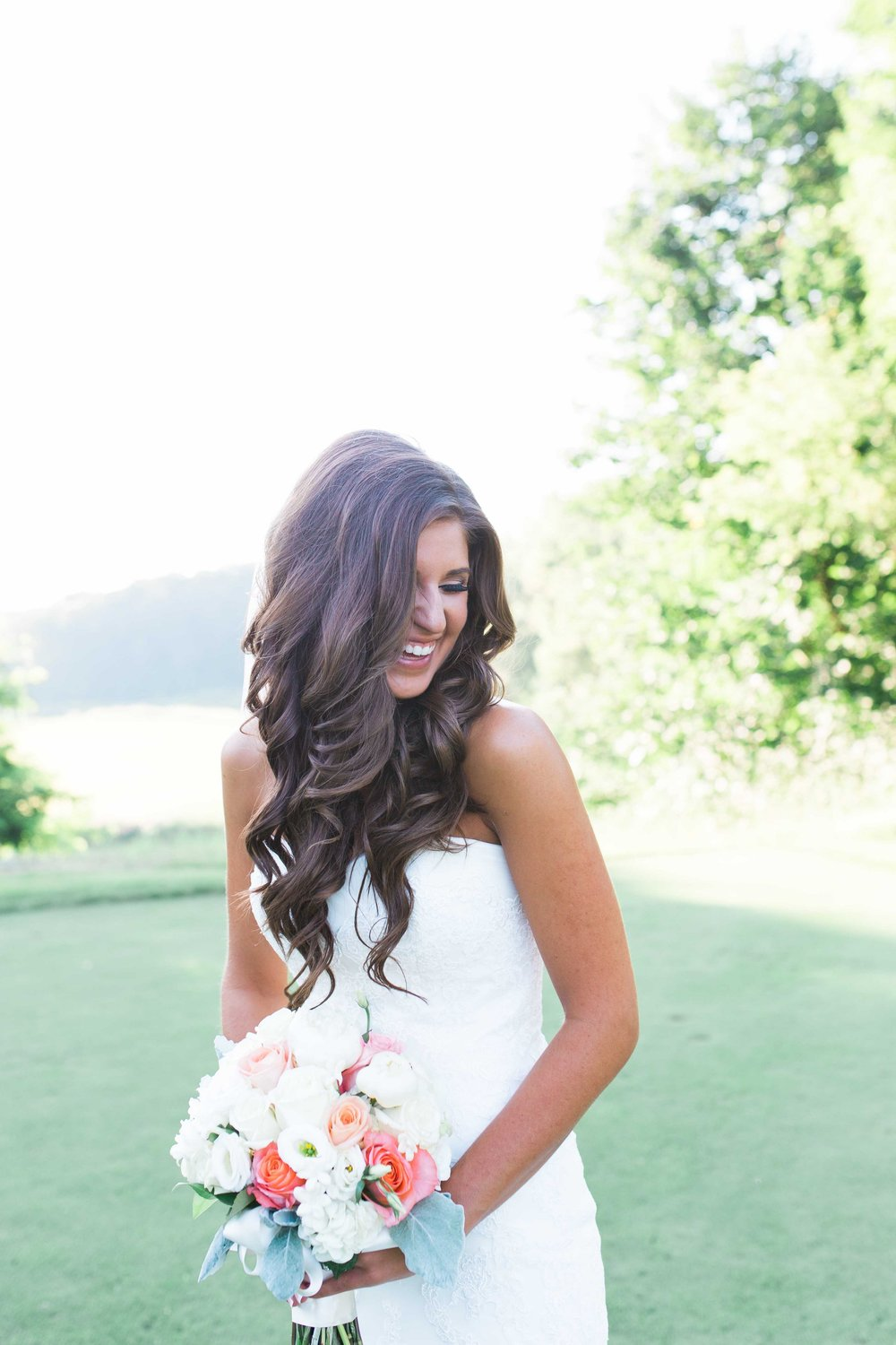 Photo: Lindsey Kay Photography | Bride: Chrissy P.