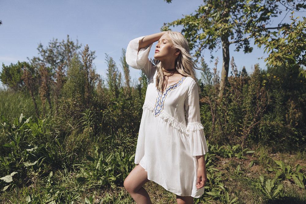 01 White Crow Summer 17 Campaign Sparkle Tafao.jpg
