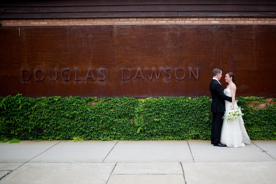 14.  Sara.Iain. Douglas Dawnson Gallery.Steve Koo Photography  Sweetchic Events.