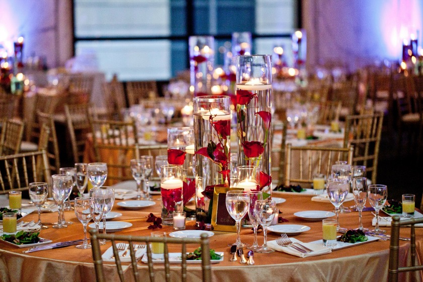 15 Chicago Cultural Center Chinese Indian Wedding submerged centerpieces
