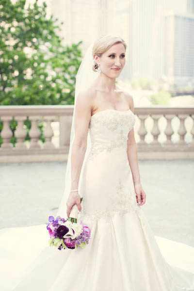 15. Alicia & Kris. Newberry Library Wedding. iLuvPhoto. Sweetchic Events.