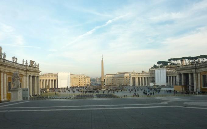 16 Rome Vatican museum exterior