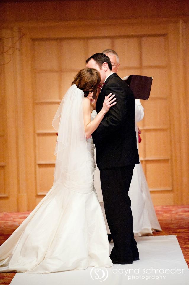 27 Westin River North chicago wedding sweetchic events dayna schroeder kiss