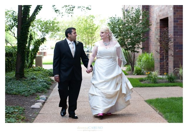 11.  Sarah & Rajan. Westin Itasca Wedding. Deonna Caruso Photography. Sweetchic Events.
