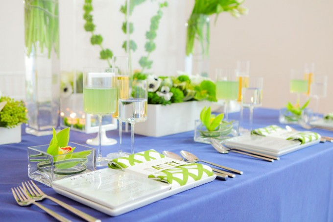 Sweetchic green modern fresh tablescape hinojosa photography. loft. navy blue linens. white chiavari chairs detail shot