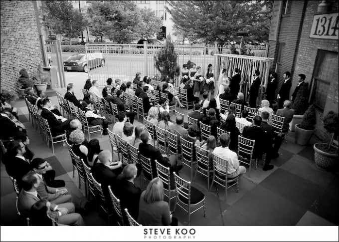 prairie production courtyard - Steve Koo Photography