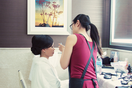 3.  Rookery Wedding. Kevin Le Photography. Sweetchic Events. Bride Getting Make-Up Done.