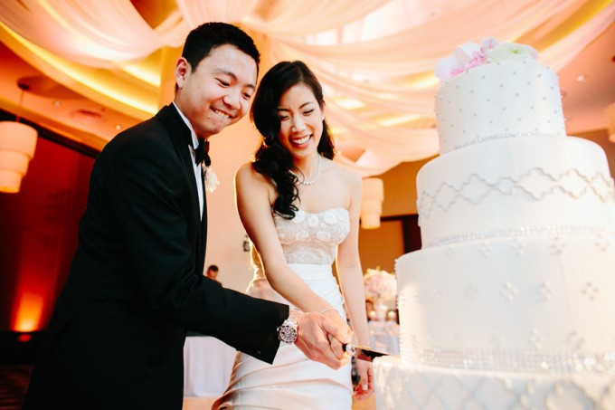 75. Trump Tower Wedding. Pen Carlson Photography. Sweetchic Events. Cake Cutting.