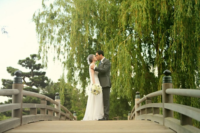 14. Chicago Botanic Garden Wedding. Life on Prints. Sweetchic Events. Bride and Groom on Bridge with Weeping Willow.