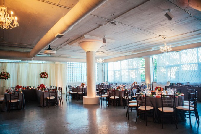 41. Room 1520 Wedding. Sweetchic Events. Studio Finch. Vale of Enna. Modern Vintage Wedding. Chicago. Summer. Chandeliers. Orange. Pink.