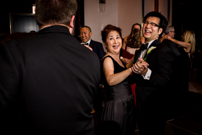 32. Langham Chicago Wedding. Steve Koo Photography. Sweetchic Events. Mother Son Dane.