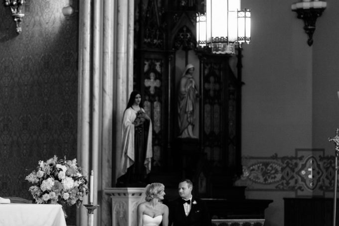 12-blackstone-chicago-wedding-pen-carlson-sweetchic-events-church-bride-and-groom-ceremony-black-and-white