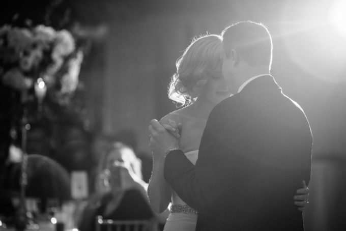 41-blackstone-chicago-wedding-pen-carlson-sweetchic-events-first-dance-bride-and-groom-black-and-white