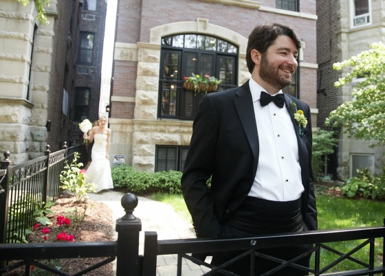 3 Sweetchic Brian Kinyon chicago Rookery wedding First look