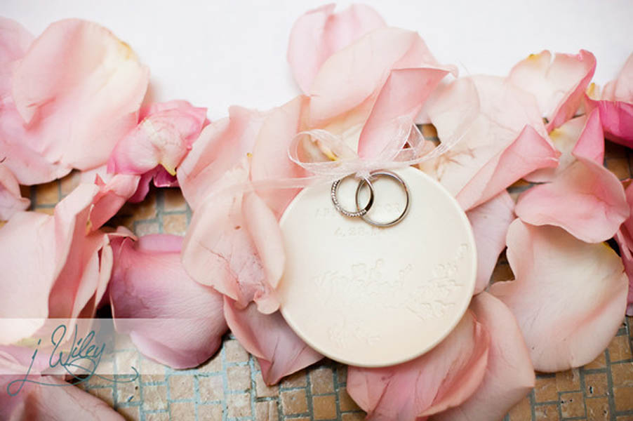 39. Anne. Rick The Rookery. J Wiley Photography. Sweetchic Events. Palomas Nest Ring holder and Pink Petals
