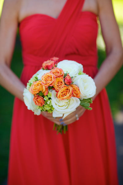 Chicago History Museum. Steve Koo Photography. Sweetchic Events. EP2. White Roses, Tangerine Spray Roses Bridesmaid Bouquet