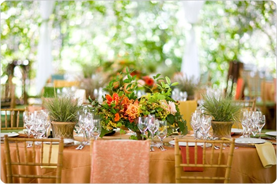 Peach gardeny wedding tablescape