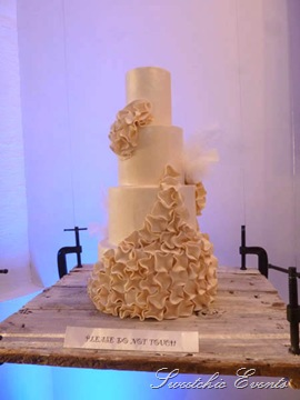 Room 1520 Event Flour Bakery Chicago dress inspired cake