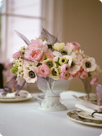 pink white centerpiece peonies ranunculous anemonies