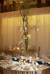 rookery building wedding chicago flor del monte willow brand centerpiece