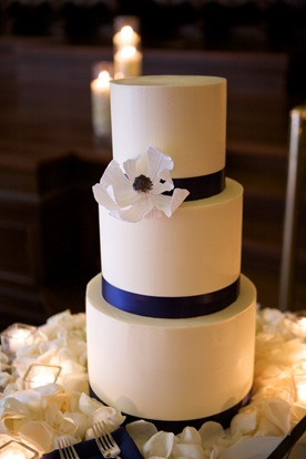 round white buttercream cake navy ribbon white magnolia sugar flower amy beck cake design sweetchic events