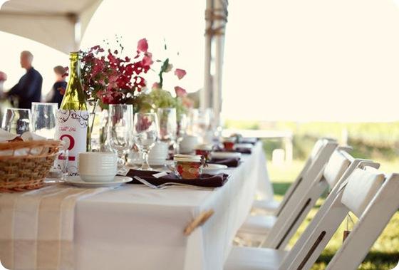 simple rustic outdoor wedding hydrangea centerpiece 2