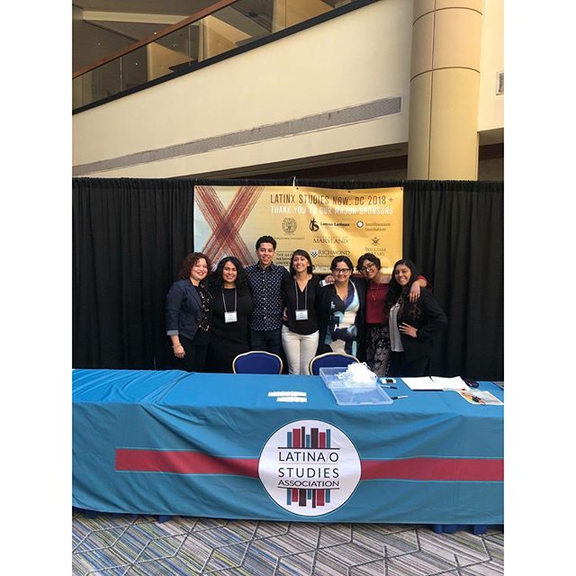 Shout out to our amazing students and faculty at the Latino Studies Association Meeting in DC !!! Both Pitzer and Pomona students and recent alumni shared their work and discussed sanctuary in colleges with Pitzer's own Dean of Students Sandy Vasquez in two panels organized by Chicanx/Latinx Professor Suyapa Portillo! So proud 🍊🍊🐤