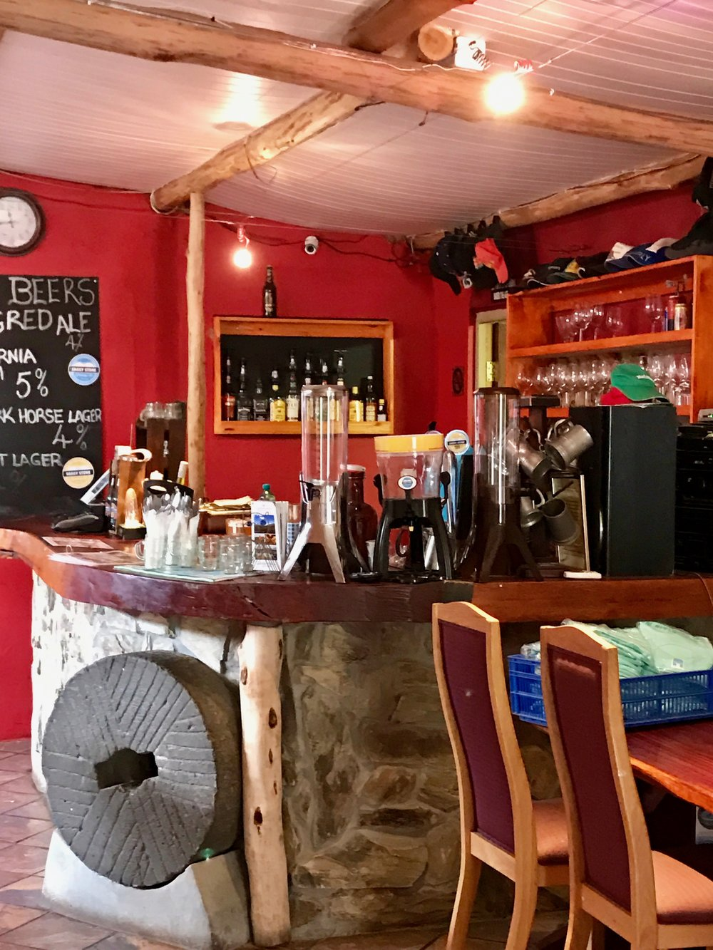 The bar at Saggy Stone