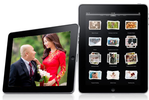 "We deliver our photos conveniently in an Apple iPad Mini. Share a slideshow, send it to your family and friends or just browse your photos on the beautiful 7.9"" Retina Display.  *Applicable for Long Event / Wedding Package only"