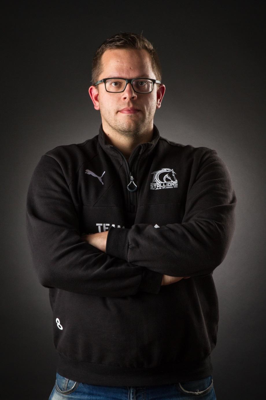 Valmentaja:    Tommi Kivimäki