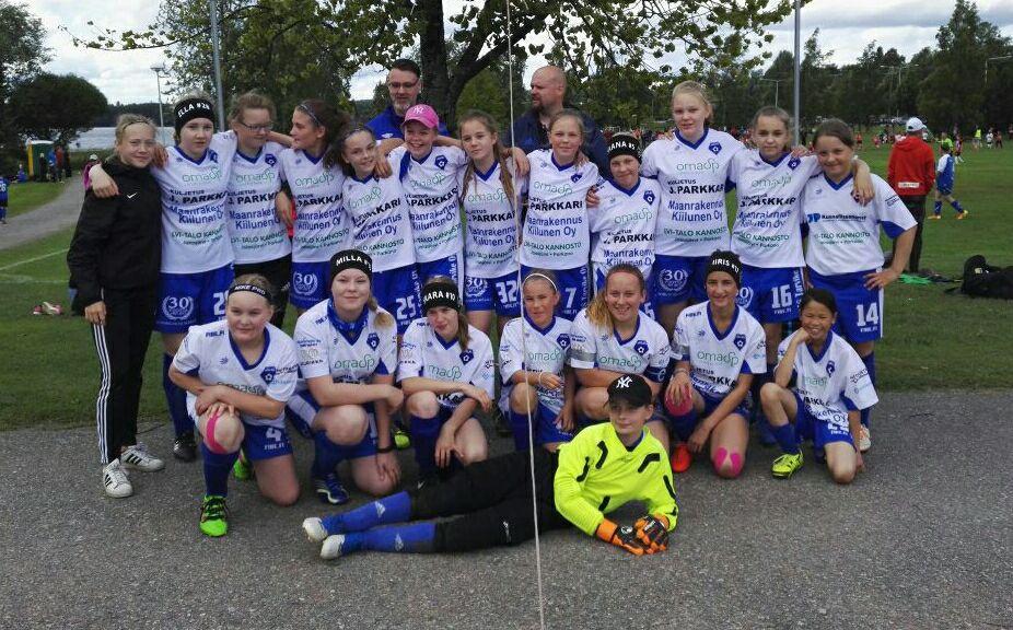 T12-T15 joukkue 2017.jpg