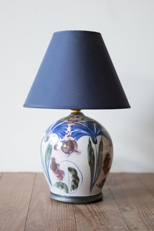KInsman Blake Ceramic Lampbase Flowers Design