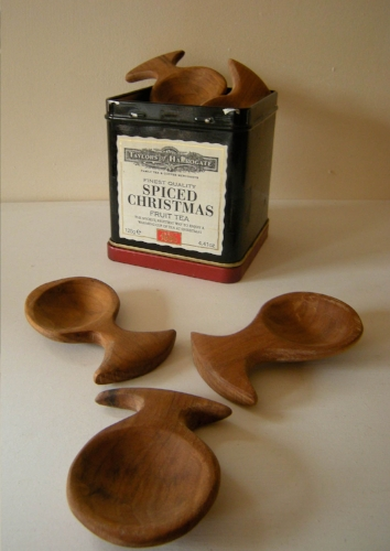 Kinsman Blake, Hand carved, Scottish Hard Wood, Caddy Spoon