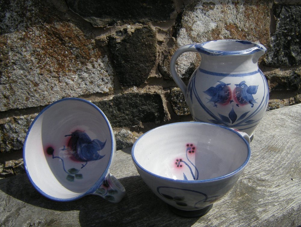 Breakfast Cups and Jug, Bird Design, Linda Kinsman-Blake.JPG,