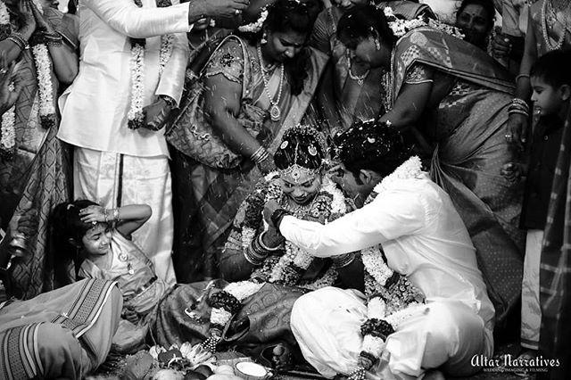 A + D . Trichy, 2018. . . . . . . . . . . . . #weddingday #tambhramwedding #weddingphotography #weddingmoment #famjam #instabride #southindianbride #southindianwedding #bigfatsouthindianwedding #weddingwire #wedmegoodsouth #pepprofessionals #wpai #junebugweddings #bridalfashion  #shopzters #shopztersbride #fearlessphotographer #funnyweddingmoments #instawedding #instabride #blackandwhitesociety #weddingphotojournal #magnetmod #madewithmagnetmod