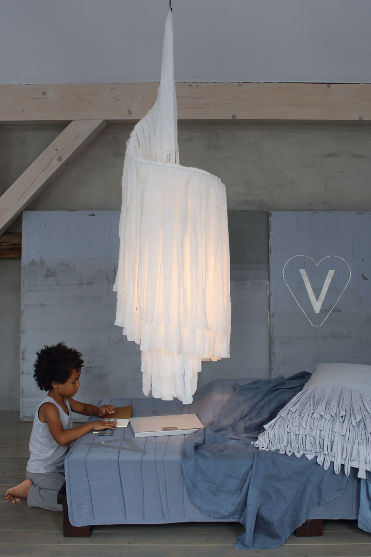 vividgrey-slumbershade-white4.jpg