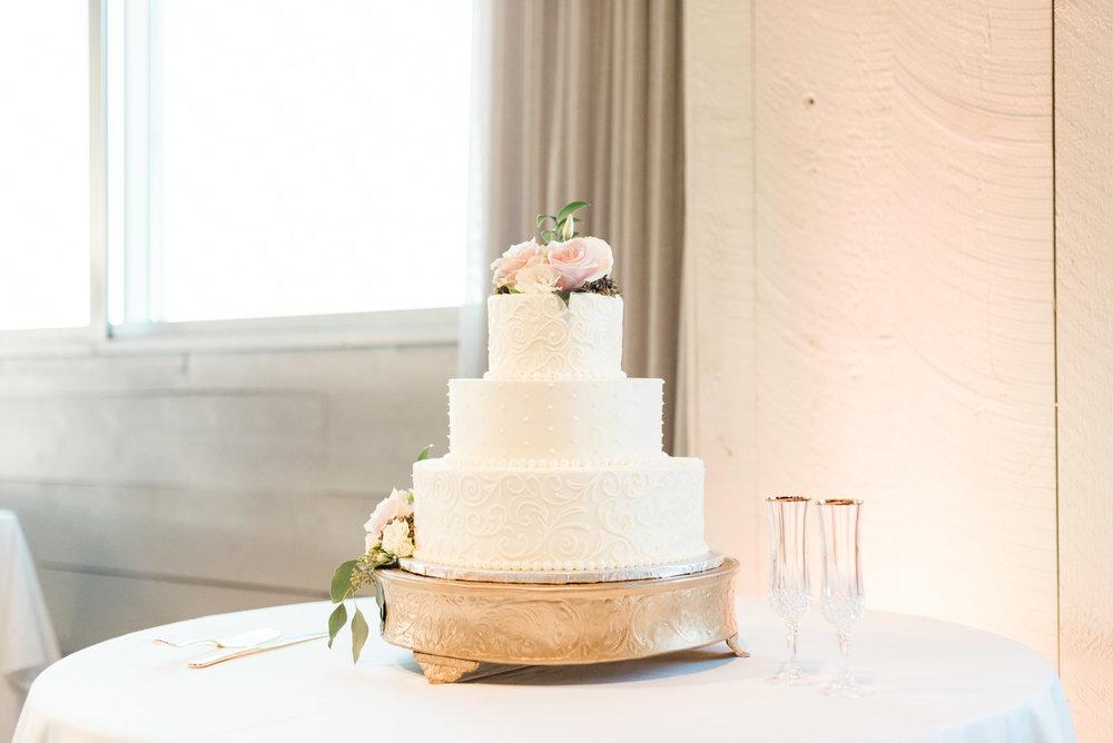 Wedding at Avenue in Greenville SC_Markie Walden Photo-51.jpg