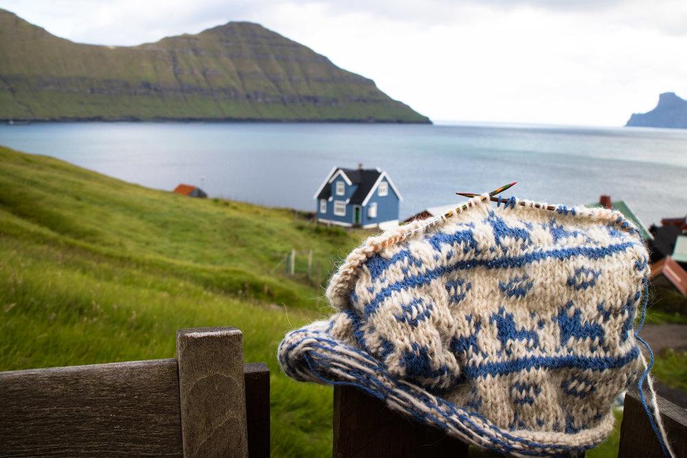 Skattakista Stricken Hundemuster © My Faroe Islands, Anja Mazuhn  (1 von 1).jpg